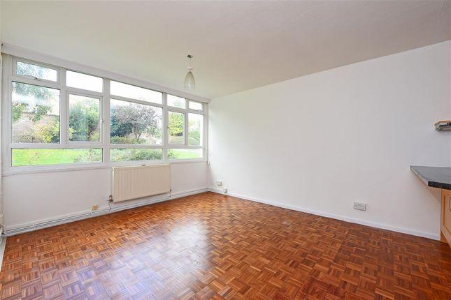 Thumbnail Flat to rent in Garden Royal, Kersfield Road, Putney