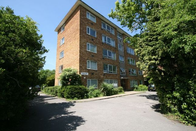 Thumbnail Flat to rent in Oldfield Lane South, Greenford