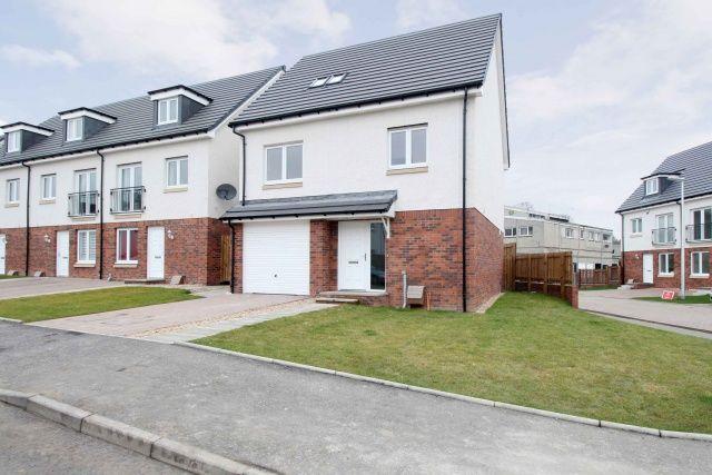 Thumbnail Property for sale in Stillhouse Loan, Kirkliston, Edinburgh