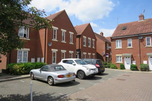 Thumbnail Flat to rent in Blossom Court, Kettering