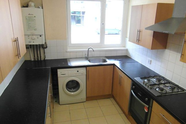 Thumbnail Flat to rent in St Marys Avenue North, Southall