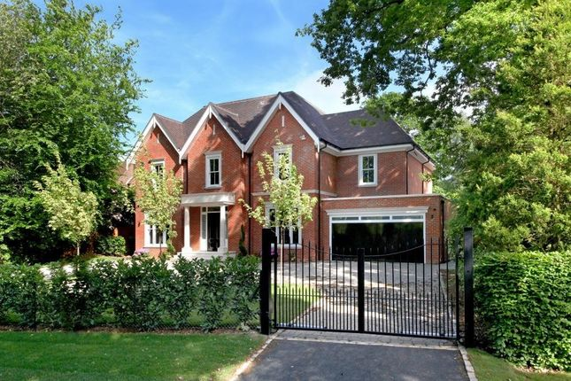 Thumbnail Detached house for sale in Bears Den, Kingswood, Tadworth