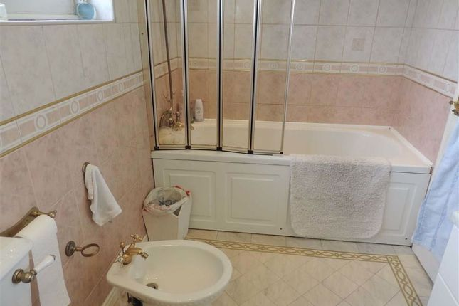 Family Bathroom of Brendall Close, Offerton, Stockport SK2