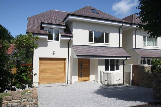 Thumbnail Detached house for sale in Avenue Du Manoir, Ville Au Roi, St Peter Port