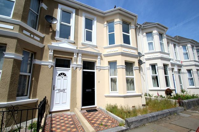 Thumbnail Flat to rent in Old Park Road, Peverell, Plymouth