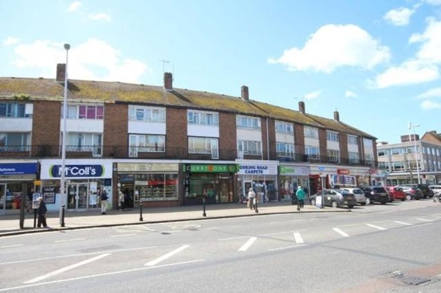 Thumbnail Maisonette to rent in Wallace Parade, Goring, Worthing