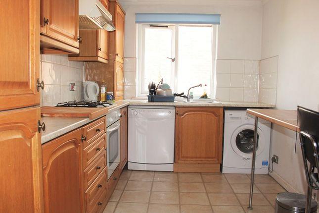 Thumbnail Flat to rent in Park Road, Beckenham