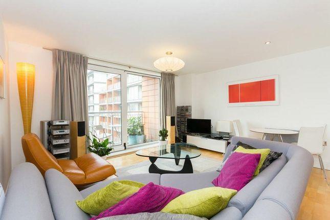 Thumbnail Flat to rent in Holland Gardens, Brentford, Brentford