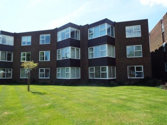 Thumbnail Flat for sale in The Crescent, Frinton-On-Sea, Essex