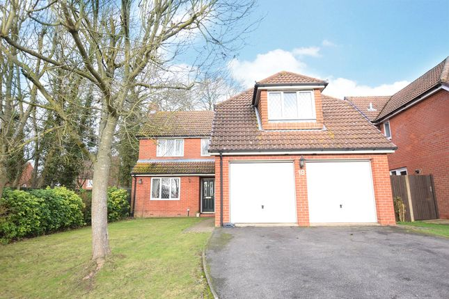 Thumbnail Detached house to rent in Roughgrove Copse, Binfield, Bracknell, Berkshire
