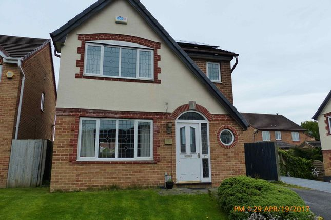 Thumbnail Detached house to rent in Priestley Gardens, Heckmondwike, Heckmondwike, West Yorkshire
