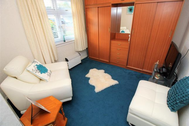 Bedroom 2 of Bantaskine Street, Falkirk FK1