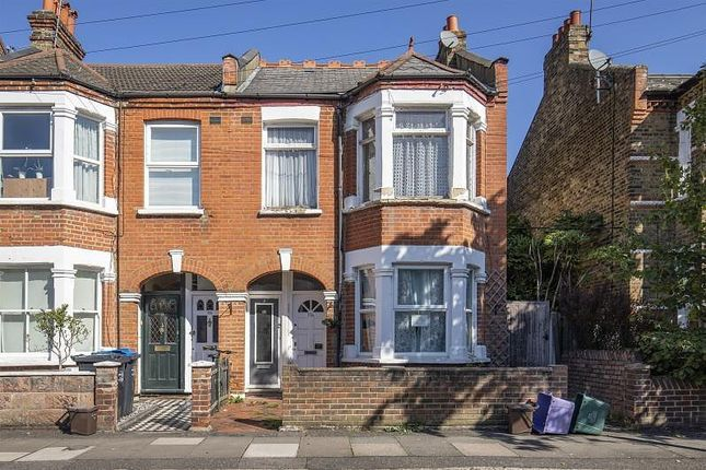 Thumbnail Maisonette to rent in Ridley Road, Wimbledon