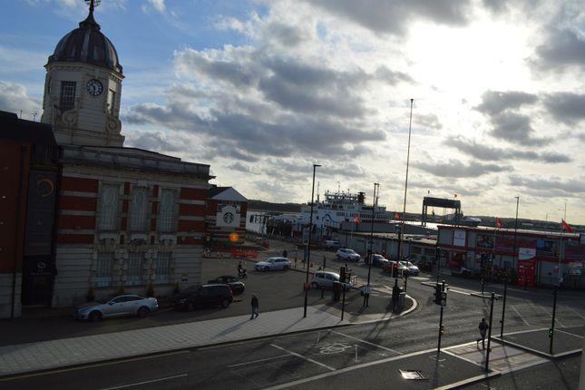 Thumbnail Flat for sale in Town Quay, Southampton