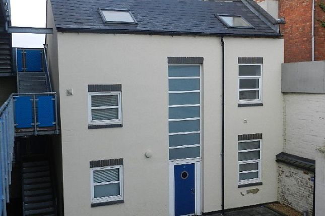2 bed detached house to rent in Talbot Road, Abington, Northampton NN1