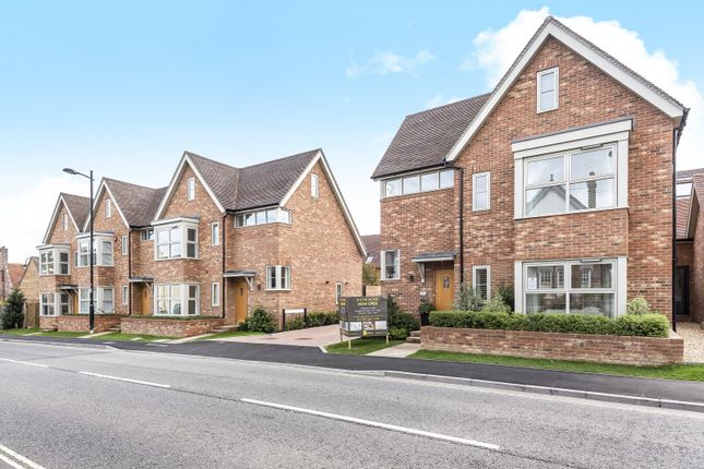 Thumbnail Detached house for sale in Station Road, Petersfield