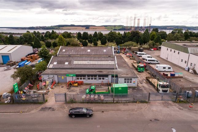 Thumbnail Commercial property for sale in 5 Mid Craigie Road, Dundee