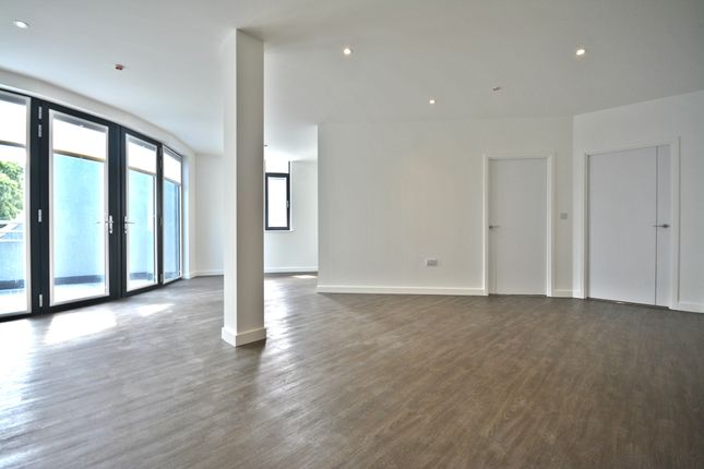 Thumbnail Flat to rent in Century Court, Bracknell