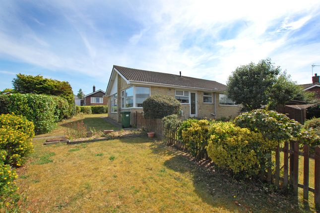 3 bed detached bungalow for sale in Highland Drive, Worlingham, Beccles