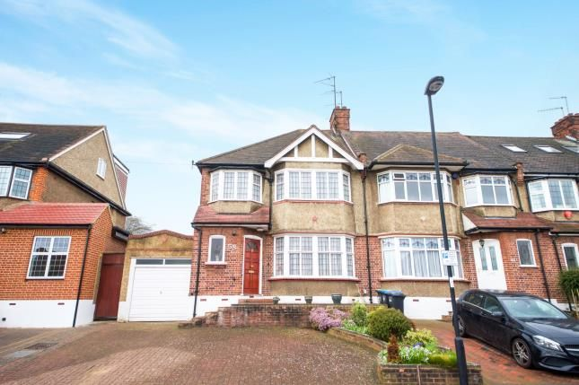 Thumbnail End terrace house for sale in Brookdale, Arnos Grove, London, .