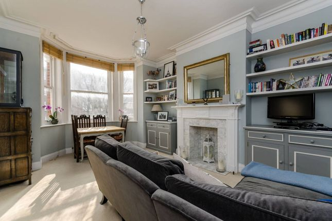 Thumbnail Flat to rent in Fulham Road, Parsons Green