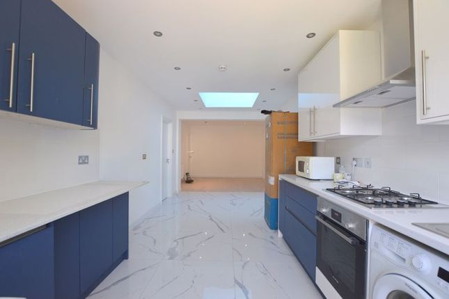 Thumbnail Property to rent in Rayners Lane, Harrow