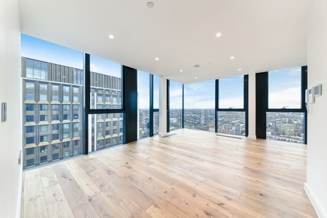 Thumbnail Flat to rent in Hill House, Archway, London