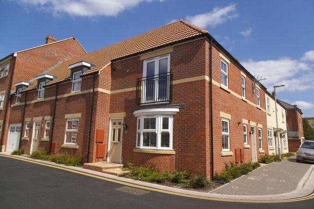 Thumbnail Flat to rent in St. James Gardens, Trowbridge