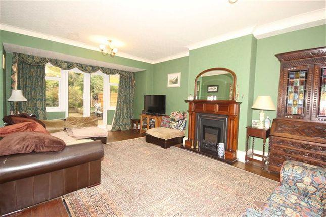 eccles old road salford m6 5 bedroom semi detached house. Black Bedroom Furniture Sets. Home Design Ideas