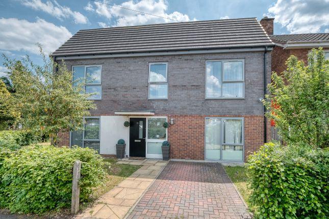 2 bed semi-detached house to rent in Grange Farm Drive, Birmingham B38