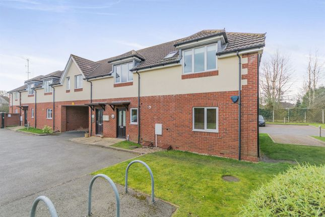Thumbnail Flat for sale in Haslucks Green Road, Shirley, Solihull