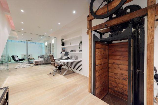 Office Area of Cowper Street, London EC2A