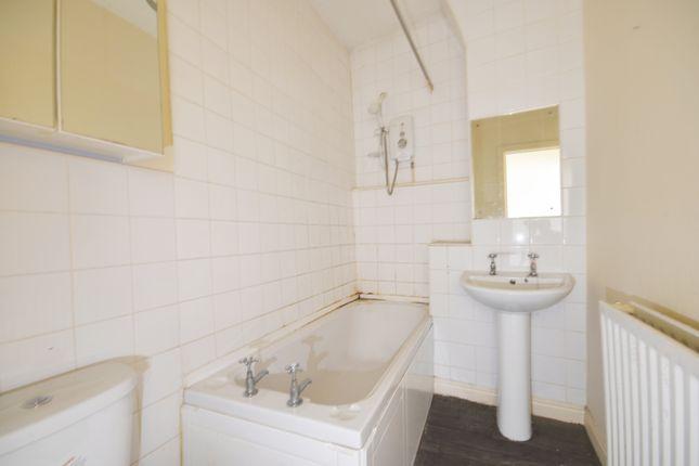 Bathroom of Sudellside Street, Darwen BB3