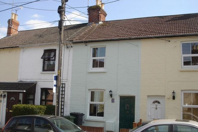 Thumbnail Terraced house to rent in Bow Street, Alton
