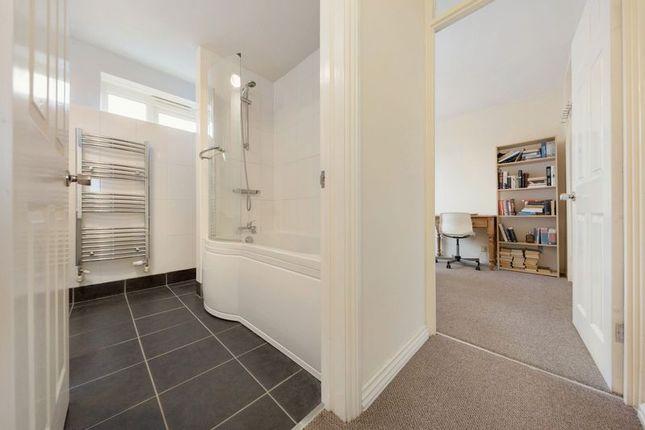 Bathroom of Lydney Close, London SW19