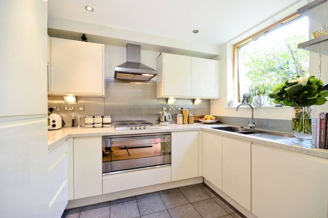 Thumbnail Property for sale in Effingham Road, Harringay