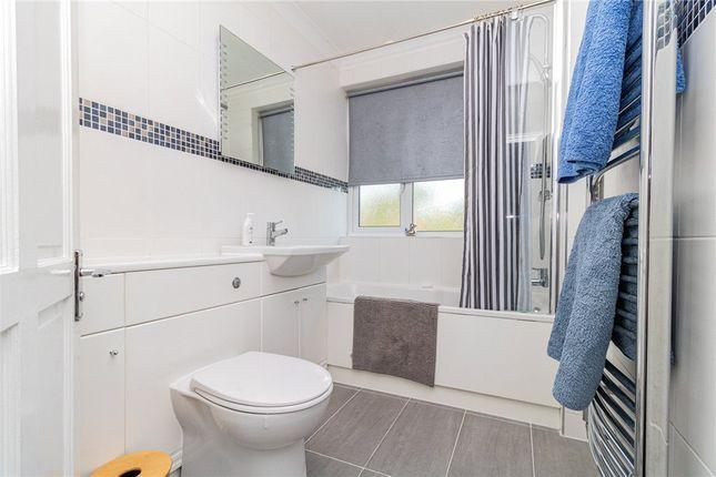 Bathroom of Wilmar Close, Hayes, Middlesex UB4