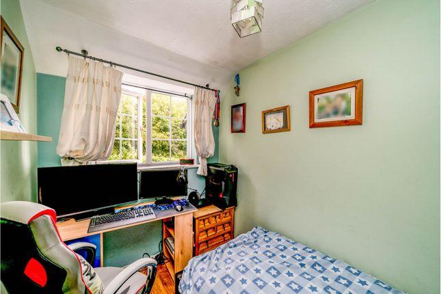 Bedroom of Badgers Meadow, Aylesbury HP22