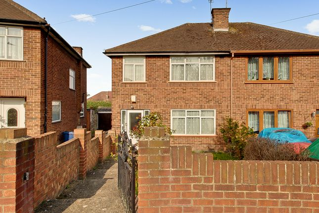 West Ridge Gardens, Greenford UB6