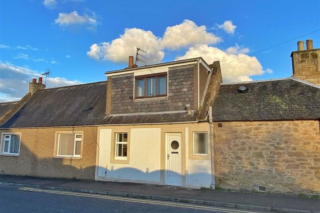 Thumbnail Terraced house for sale in 21, West Park Road, Cupar, Fife