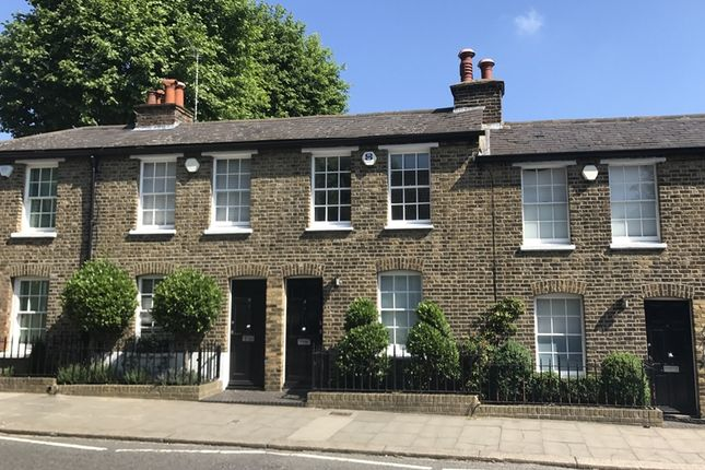 Thumbnail Cottage for sale in Castle Yard, Highgate