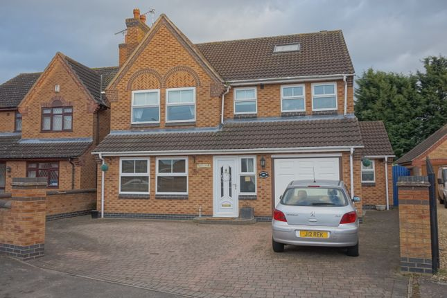Thumbnail Detached house for sale in Field View, Thurmaston, Leicester