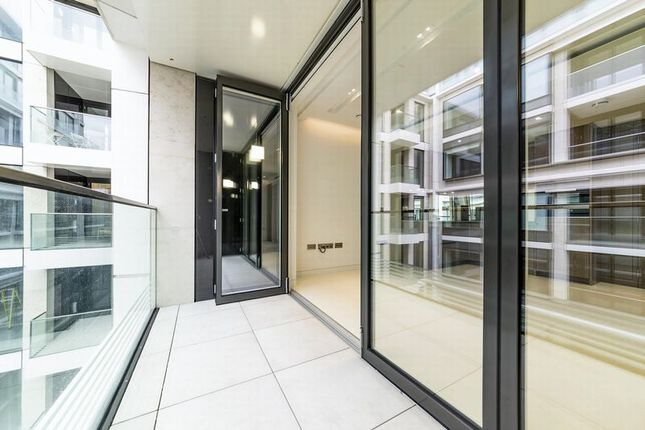 Thumbnail Flat for sale in Landmark Place, 1 Water Lane, Tower Hill