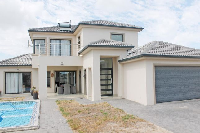 Thumbnail Detached house for sale in 47 Charing Crescent, Parklands North, Western Seaboard, Western Cape, South Africa