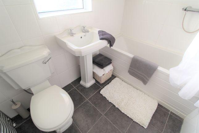 Bathroom of Agnew Avenue, Coatbridge ML5