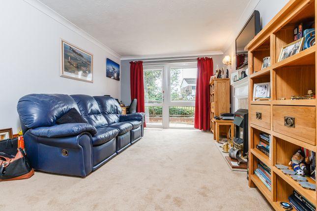 Thumbnail Property for sale in Cygnet Court, Caldecott Road, Abingdon