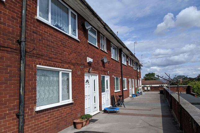 3 bed flat for sale in Cannock Road, Cannock WS11