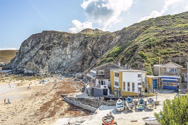 Thumbnail Commercial property for sale in Commercial Investment Cafe And Flat, Trevaunance Cove, St Agnes