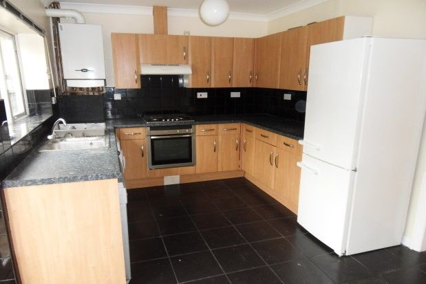 Thumbnail Property to rent in Links Road, Tynemouth, North Shields