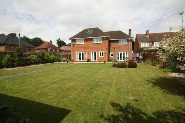 Thumbnail Detached house to rent in Wood Lane Close, Iver Heath, Buckinghamshire
